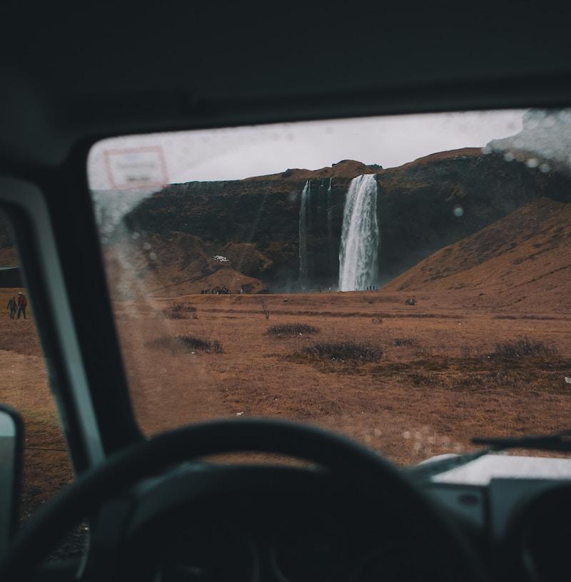 quanto costa un viaggio in islanda: auto