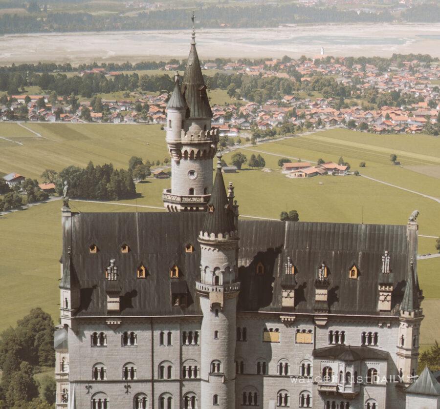 castello di neuschwanstein dall'alto